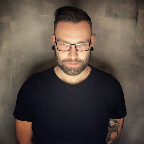 Daniel Szombathy-avatar