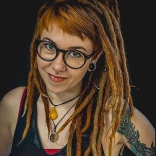 Anna Avi Arts-avatar