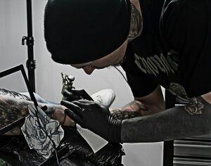 Abuk tattoo artist avatar