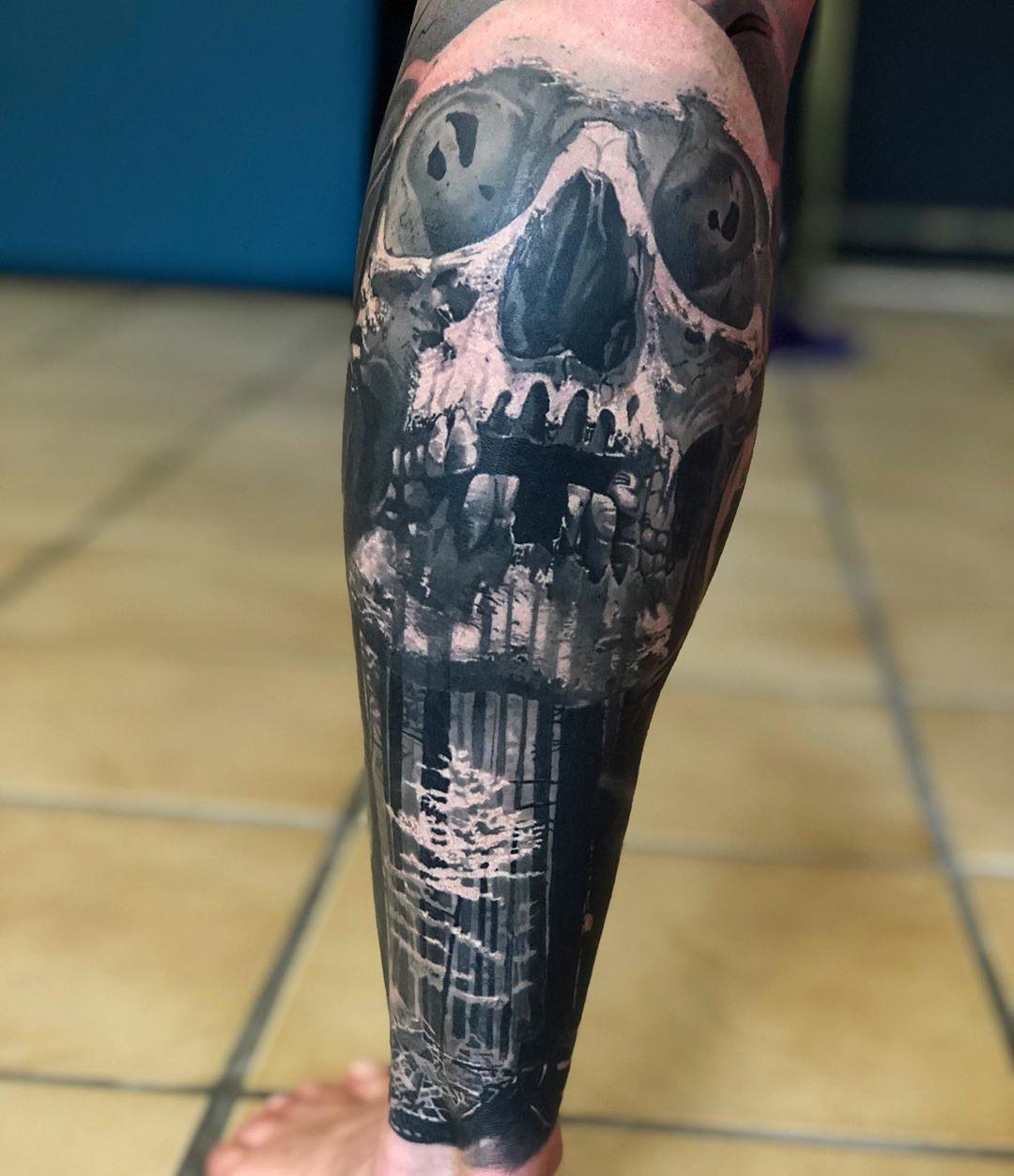 Tomas Šaray inksearch tattoo