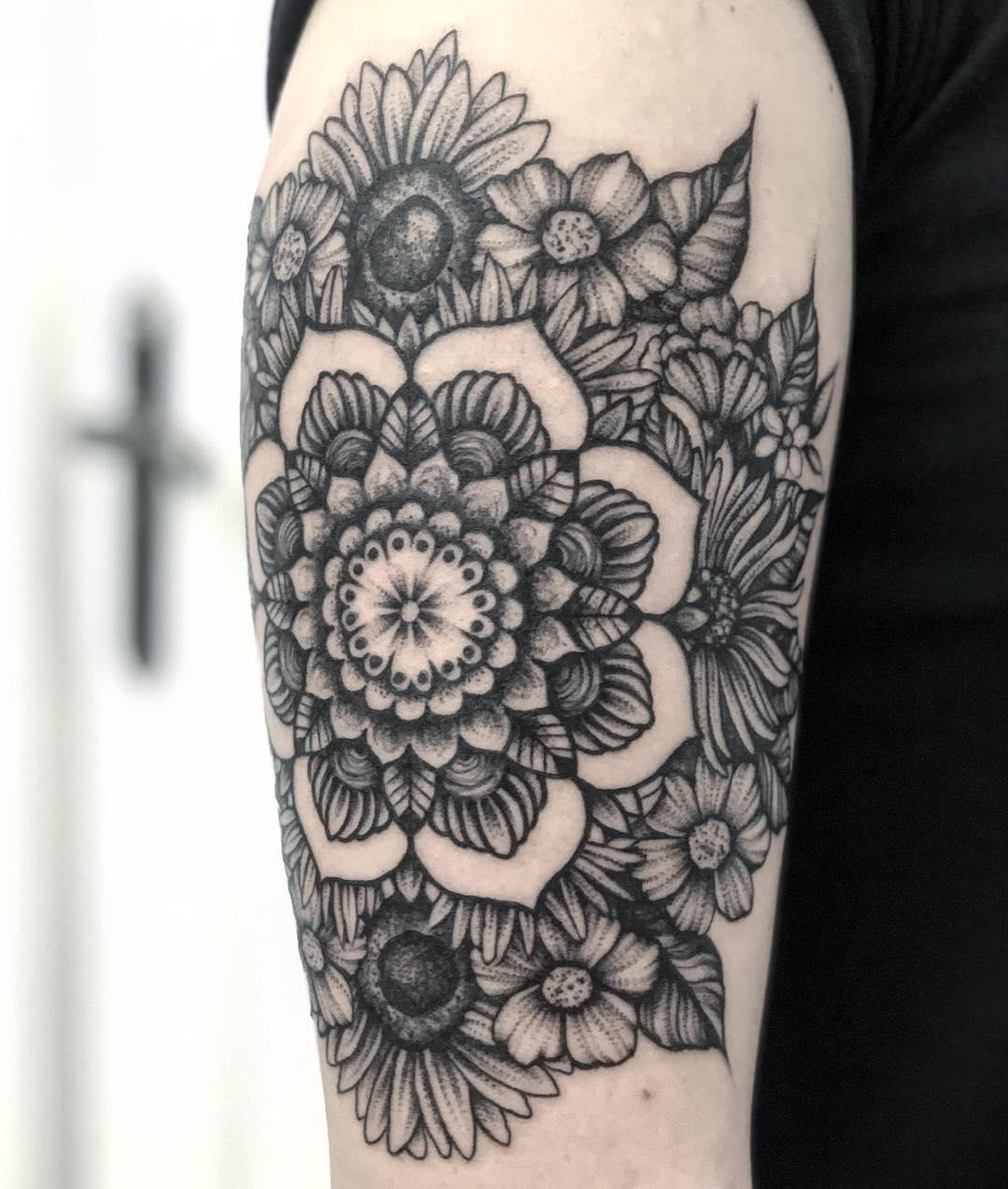 Lena Wójtowicz - Montażownia Tatuażu inksearch tattoo